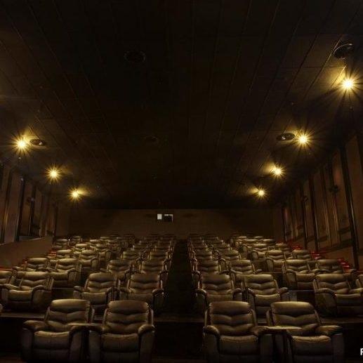 Premiere Xxi Cinemaxx Gold Dan Gold Class Cgv Gotomalls